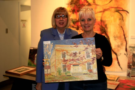 Gail & Susan Fortin-Smith at Auction for Paul Schleusner's Paintings